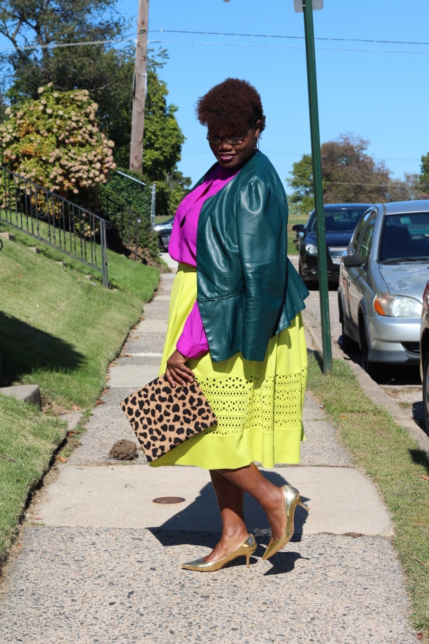 curvy, curvy women, curvy ladies, midi skirts, plus size midi skirts, plus size skirts, leopard print, color blocking, fall trends, fall, eloquii skirts, faux leather, 40+ blogs, 40+ bloggers, curvy bloggers, curvy bloggers, fat blogs, fat bloggers, kitten heels