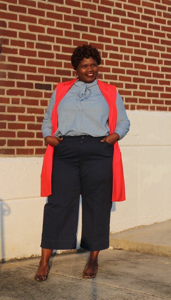 sleeveless vest, torrid sleeveless vest, culottes, plus size pants, plus size wide leg crop pants, plus size culottes, denim shirt, pussybow blouse, tie neck blouse, chambray shirt, button up denim shirt for plus sizes, plus size button up shirt, plus size denim shirt, natural hair, leopard print, kitten heels, spring, curvy women, curvy, curvy woman, curvy blogs, curvy bloggers, plus size blogs, plus size bloggers,
