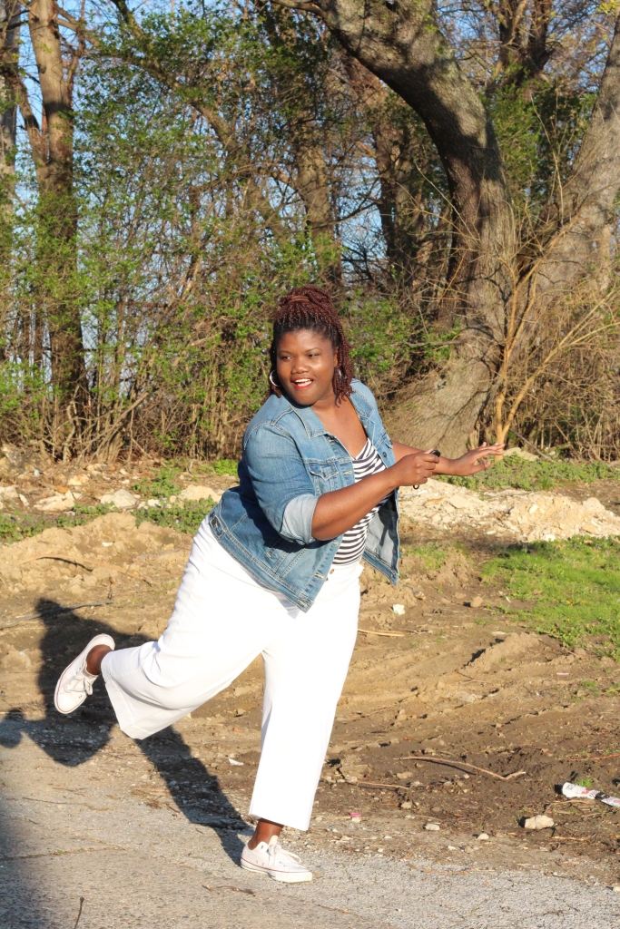 spring, spring trends, plus size blogs, plus size, plus size bloggers, plus size women, plus size crop pants, plus size culottes, stripes, stripe shirts, denim jackets, plus size denim, plus size pants, old navy, h&m, converse sneakers, low top sneakers, curvy, curvy women, curvy woman, curvy girls, curvy blogs, curvy bloggers, natural hair, braids,