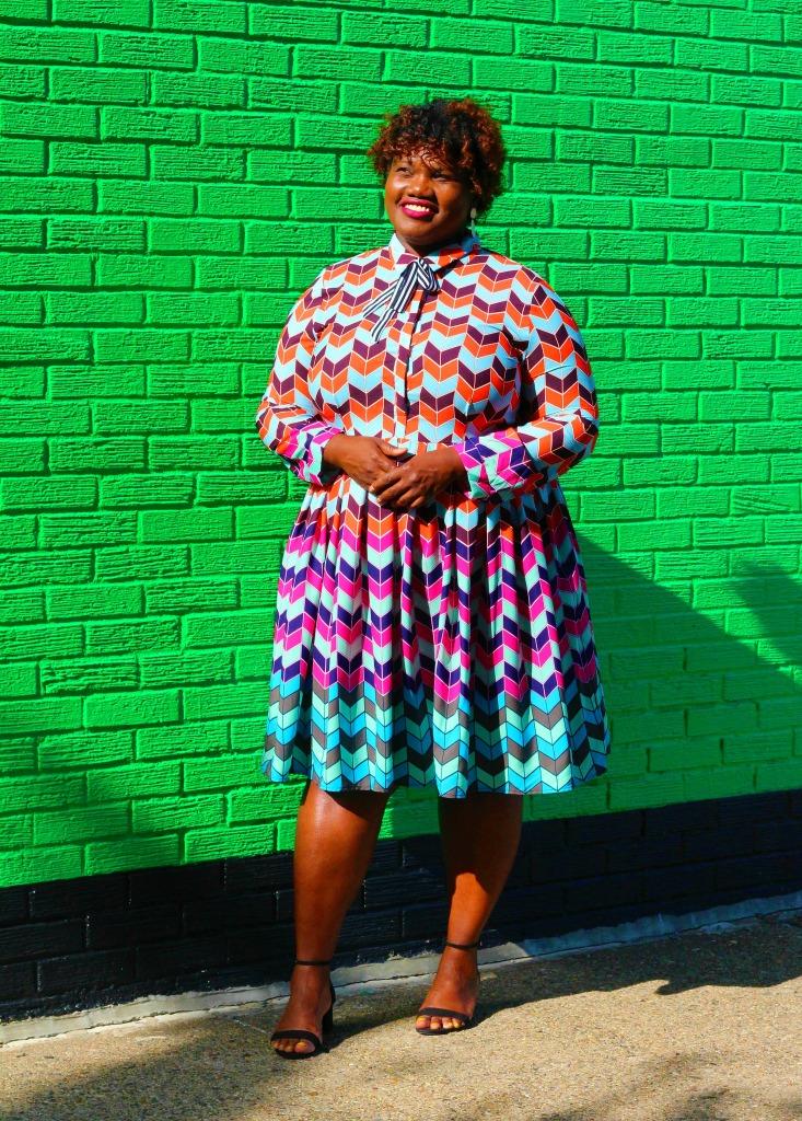 eloquii, plus size fashion, graphic prints, chevron print, plus size dresses, block heel sandals, h&m shoes, curvy, curvy women, curvy blogs, curvy bloggers, plus size blogs, plus size bloggers, plus size clothes, dresses for plus size women