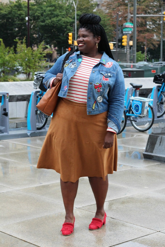 plus size skirts, plus size suede skirts, faux suede skirt, midi skirt, stripe shirt, patches, jean jacket, plus size denim jacket, loafers, fringe loafers, plus size bloggers, plus size blogs, curvy women, curvy girls, plus size fashion, fall fall, curvy bloggers, curvy blogs