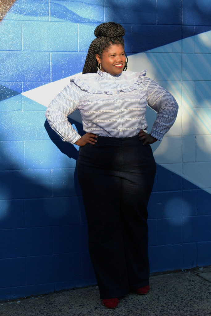 high waist jeans, plus size jeans, eloquii, ruffle blouse, button up blouse, loafers, steven madden kate loafers, block heels, plus size blog, plus size blogger, curvy, curvy blogger, curvy blog, curvy woman, curvy lady, fall fashion, wide leg jeans, plus size wide leg jeans